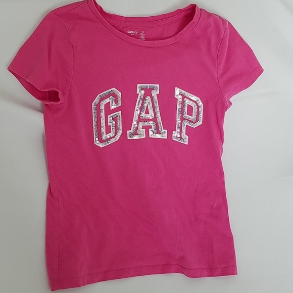 GAP Other - Girls sequined Gap tee.